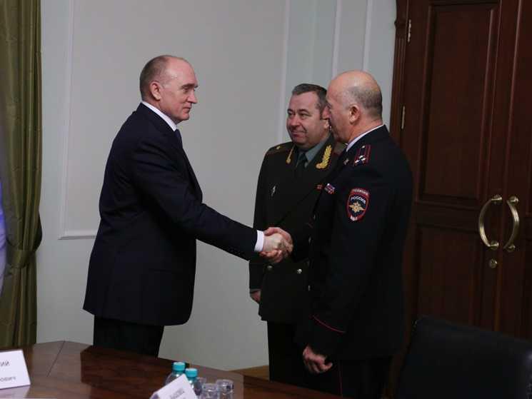 Борису Дубровскому представили командира Росгвардии вЧелябинской области