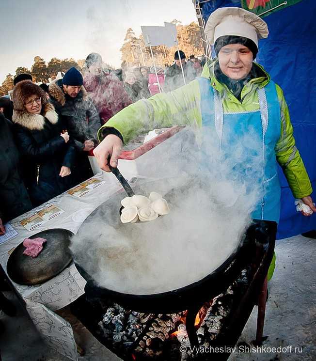 ВЧелябинске будут играть вхоккей… пельменями