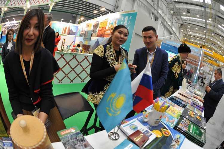 Туристы изЧелябинской области смогут попасть вКазахстан, минуя очереди награнице