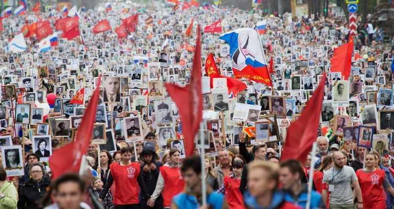 Большинство тамбовчан хотят поменять  маршрут шествия «Бессмертного полка»