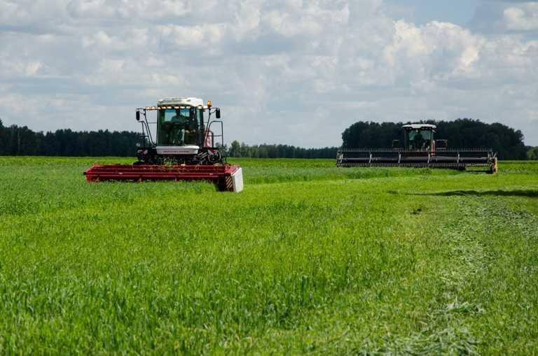 Южноуральские аграрии получат неменее 170 млн. руб. наприобретение сельхозтехники