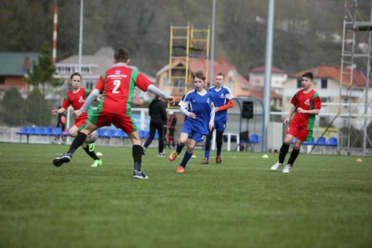 Южноуральские команды выиграли Суперкубок «НОВАТЭК» помини-футболу
